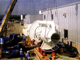 土佐商事施工事例・フラッシュ冷却ユニット搬入据付工事